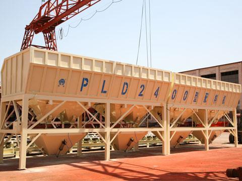 PLD2400混凝土配料机四仓尺