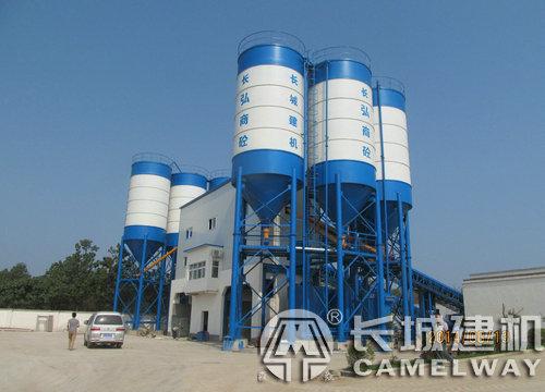 大型混凝土搅拌站每小时产量