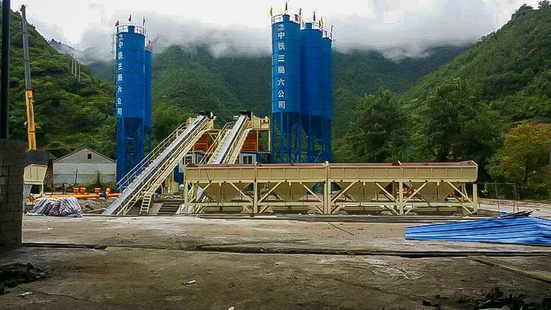 建一个1方混凝土搅拌站的产量